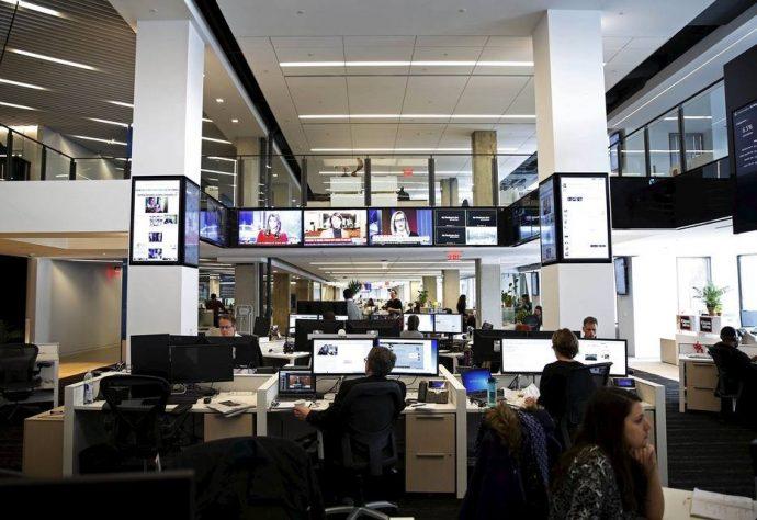 1.A redação do Washington Post chegou a 900 jornalistas desde que foi comprado por Bezos. Foto: Gary Cameron/Reuters - 28/1/2016