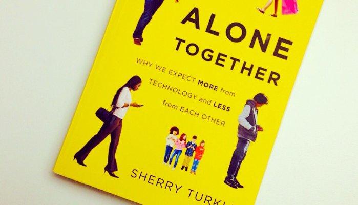 Imagem: capa do livro Alone Together